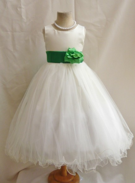 Flower girl dress image