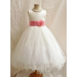 curly-bottom-ivory-gown-with-coral-sashes-afc