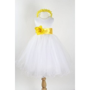 curly-bottom-ivory-gown-with-yellow-sashes-73e