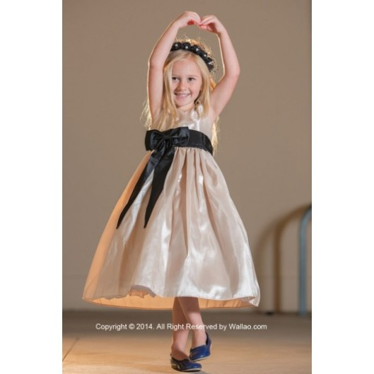 flower-girl-dress-v-neck-champagne-with-black-for-easter-wedding-bridesmaid-d23