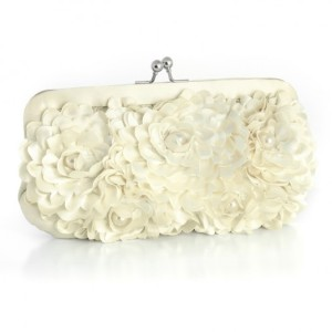 ivory-floral-wedding-purse-with-pearl-accents-4b1