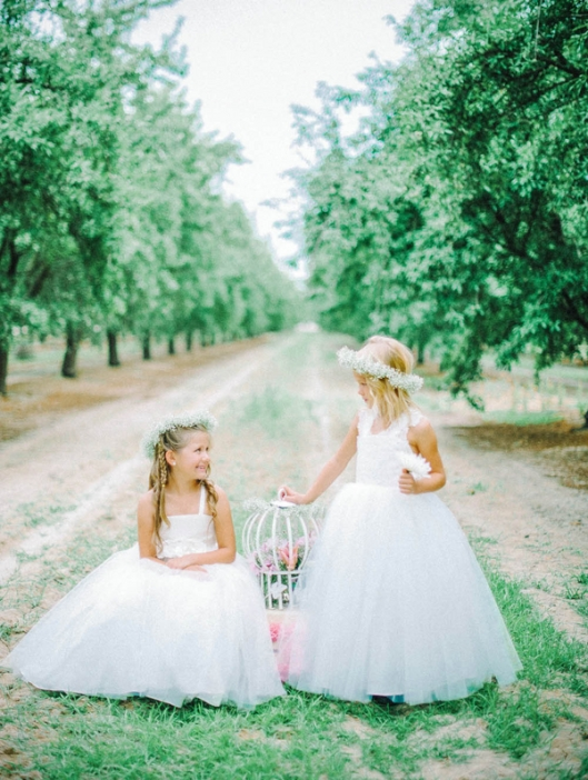 Couture-Flower-Girl-Dresses-by-Amalee-Accessories-Mariel-Hannah-Photography-11